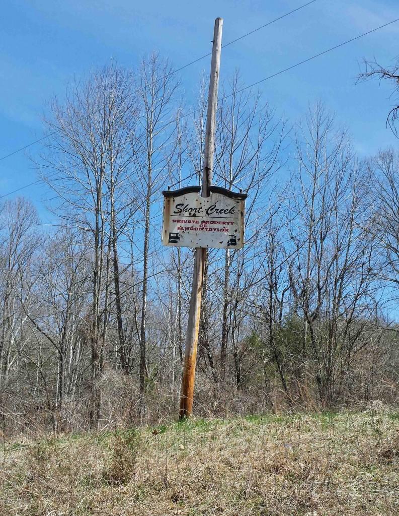 Short Creek Sign